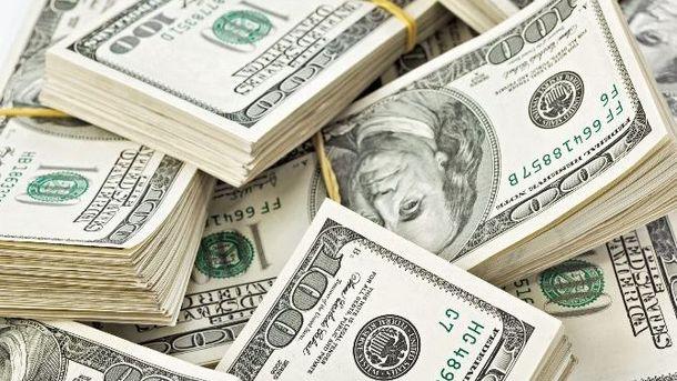 400 тысяч долларов спрятали под запасным колесом