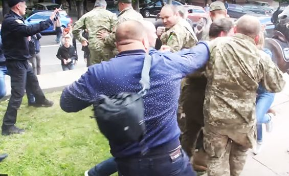 Столкновения 9 мая в Днепре