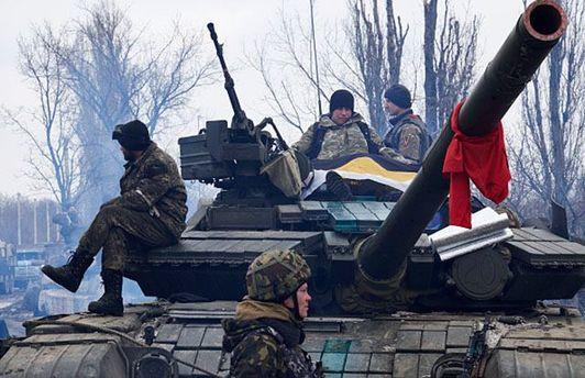 Боевики возвращают военную технику на свои позиции