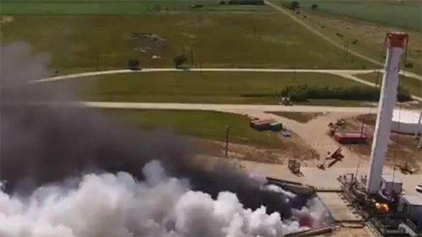 Випробування двигуна ракети Falcon Heavy