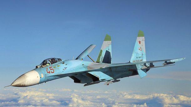 Російський винищувач СУ-27