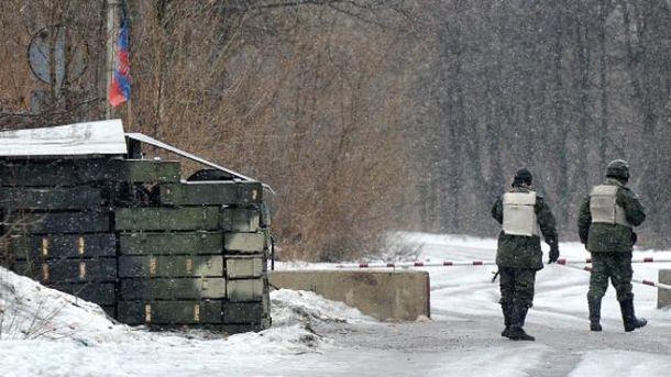 Між бойовиками та російськими військовими зростає напруга