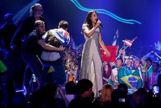 Виталий Седюк показал голые ягодицы во время выступления Джамалы на Евровидении-2017