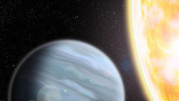 Астрономы открыли гигантскую планету с очень легкой массой