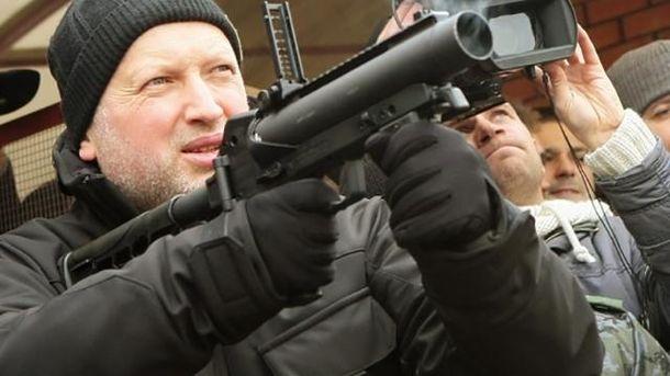 Секретарь СНБО Александр Турчинов призвал мир поставить Россию на место