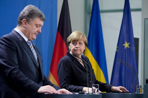 Меркель висуне Порошенку низку незручних запитань