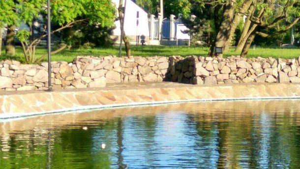 В центре оккупированного Донецкая устроили рыбалку