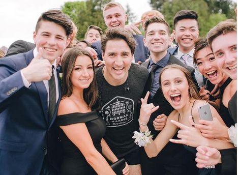 Джастин Трюдо удивил школьников Канады неожиданным появлением на выпускном