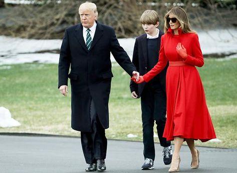 Мелания Трамп публично проигнорировала мужа