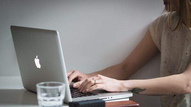 Facebook будет давать советы по сексу: разработчики создали бота
