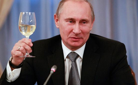 Навіщо українська преса розповідає про всіх найнезначніших ху*лових попихачів?