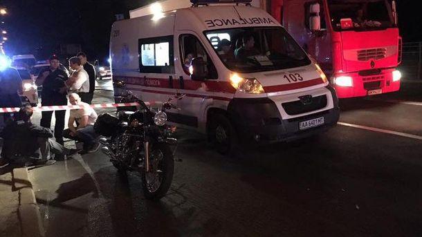 Место убийства мотоциклиста в Киеве