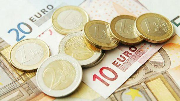 Гривня до євро подешевшала до29,52 грн/€