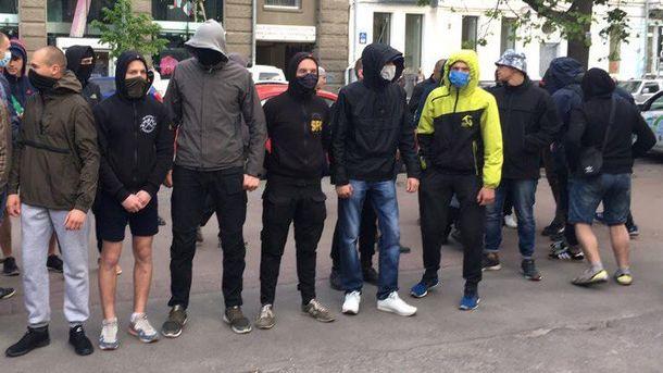 Тітушки атакували штаб Навального у Іркутську (ілюсттрація)