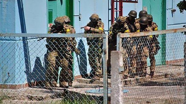 Як у Нетішині шукали терористів