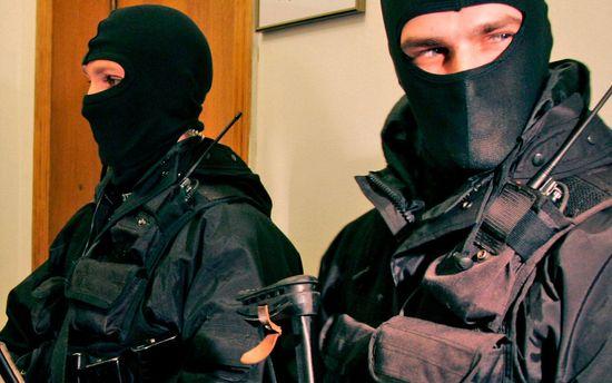 Правоохранители проводят обыски в Кривом Роге