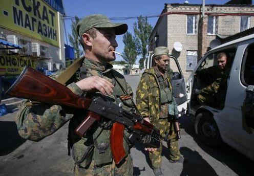 Российские пропагандисты снимают на Донбассе лживые ролики о силах АТО