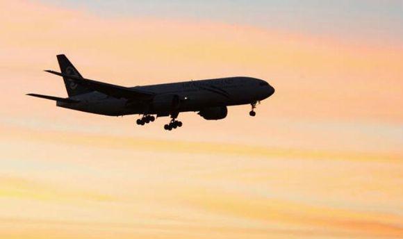 С радаров исчез военный самолет Мьянмы
