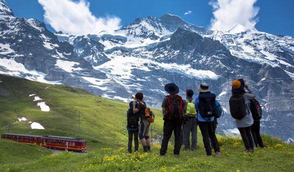 Українці зможуть помилуватись красою Швейцарії без віз