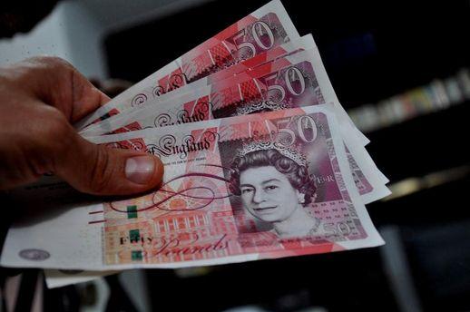 Британский фунт резко обвалился в цене после выборов в стране