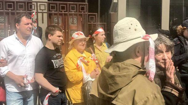 Акція проти реновації уМоскві: людей пакують вавтозаки