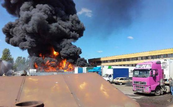Пожар в России на складе горюче-смазочных материалов