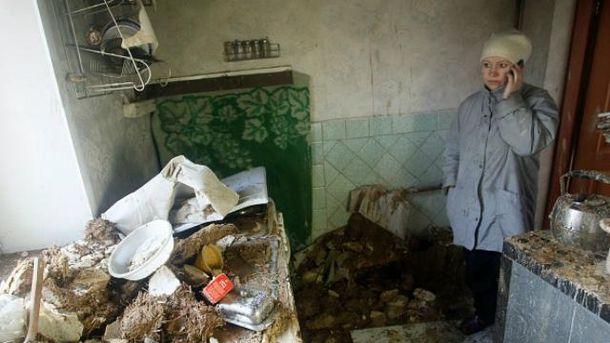 Війна на Донбасі: терористи стріляють по цивільних