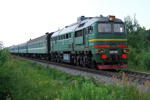 Локомотив насмерть збив трьох дітей в Росії