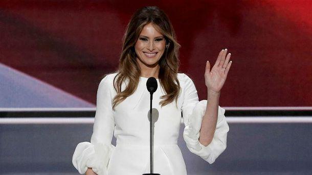 Дружина Трамп переїхала дочоловіка в Білий дім