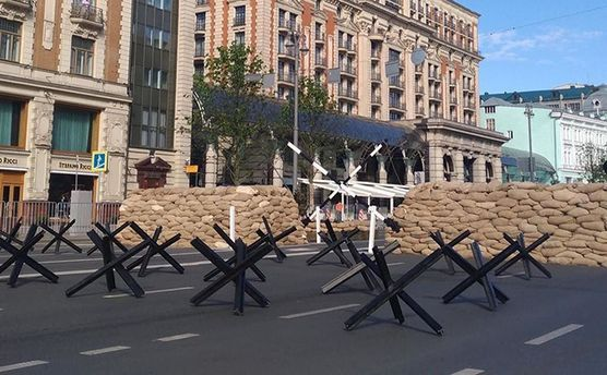 Посетителям фестиваля «Времена иэпохи» вМоскве предложили попробовать полевую кухню