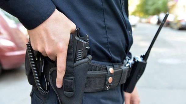 Полицейский подстрелил хулигана на Херсонщине