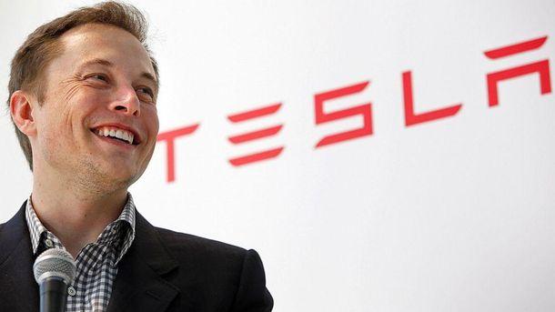 Ілон Маск хоче відключити зарядні станції Supercharger