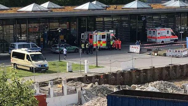На вокзале в пригороде Мюнхена произошла стрельба