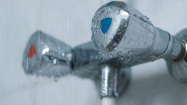 Декілька районів Києва можуть залишитися без гарячої води доопалювального сезону