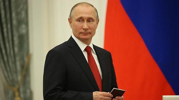 Стоун объявил оготовности В. Путина к разговору сСША