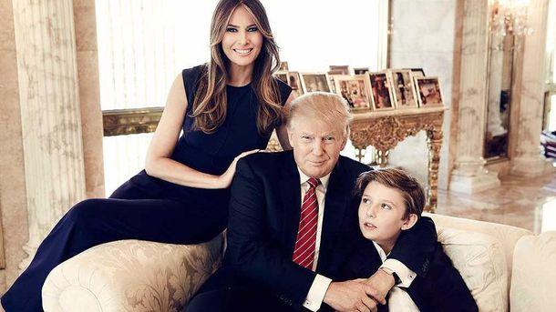 Дональд и Мелания Трамп с сыном Бэррон