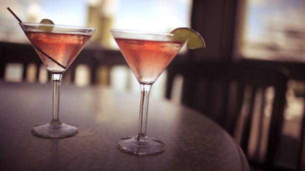 Як приготувати ідеальний коктейль: поради експерта