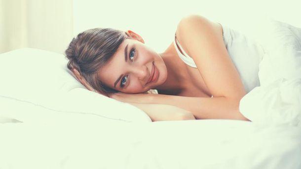 Ученые узнали, сколько часов сна нужно человеку для счастья