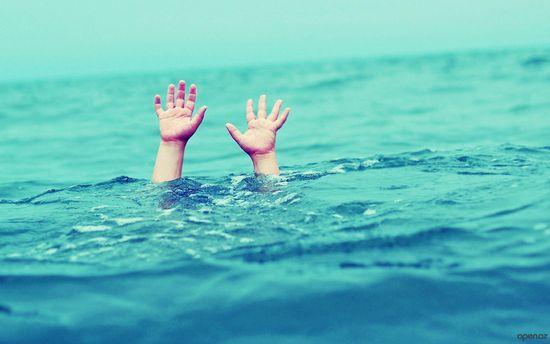 Уросійській Карелії перекинувся човен з підлітками, є жертви