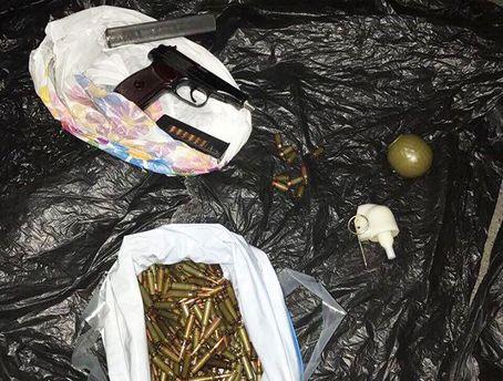 В Киеве задержаны торговцы оружием из зоны АТО