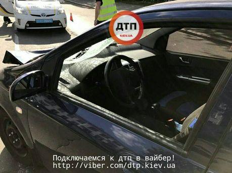Нетвереза водій у Києві насмерть збила бабусю: опублікували фото