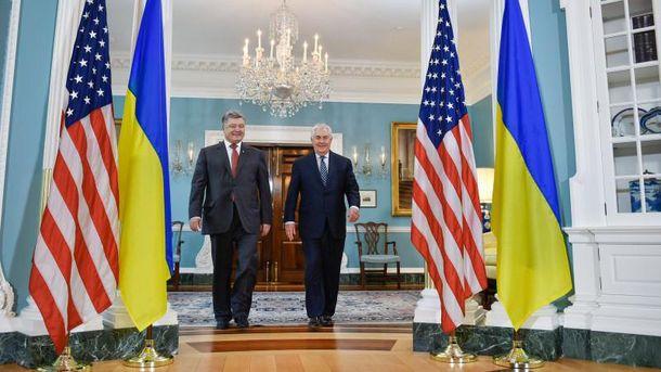 Петр Порошенко провел встречу с Рексом Тиллерсоном