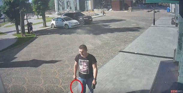 Двое спортсменов металлическими прутьями жестоко избили прохожих в Одес