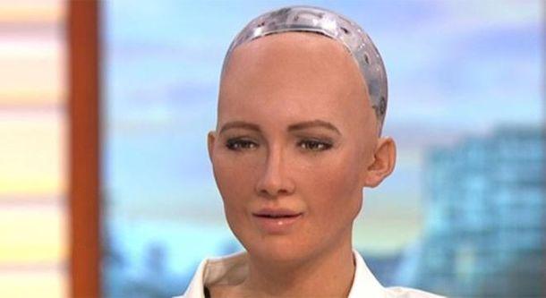 Человекоподобный робот дала интервью в утреннем шоу