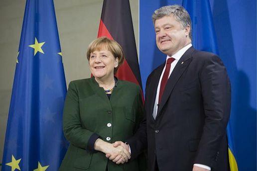 Порошенко зустрівся з Меркель