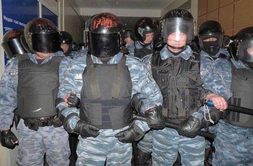 Волонтеры: Бывшие «беркутовцы» разгоняют митинги в Беларуссии