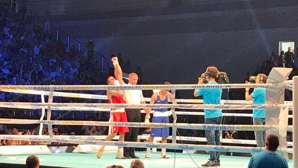 Украинский боксер победил жителя России иполучил золото