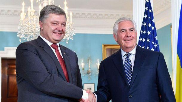 Петр Порошенко и Рекс Тиллерсон