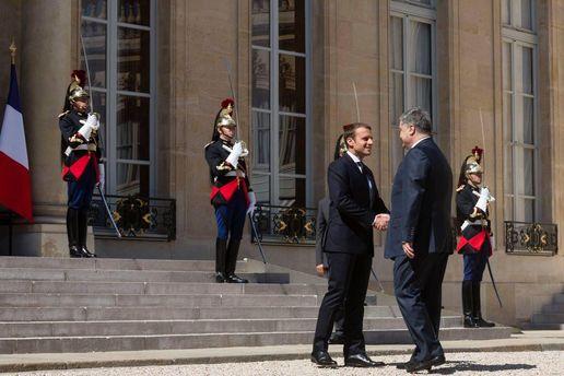 Макрон зовет Трампа воФранцию наДень взятия Бастилии