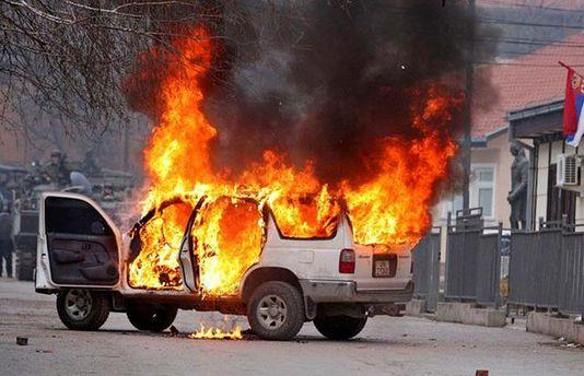 В Луганську вибухнуло авто з майором ЗС Росії